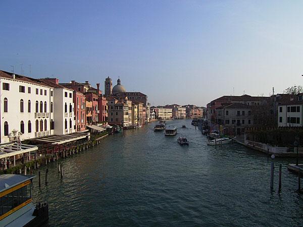 051114_venezia_street04.jpg