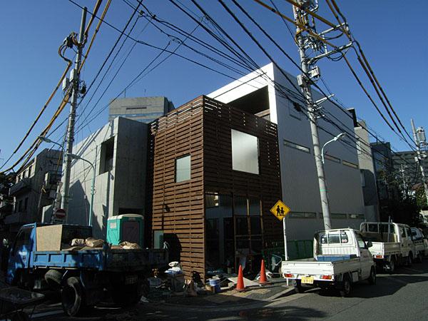 060317_keikokunoie01.jpg